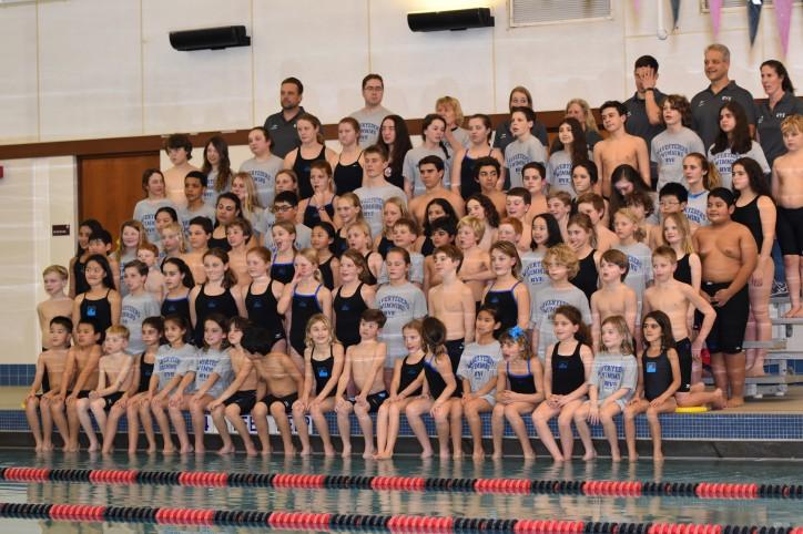 swim-teamgroup-photo